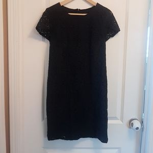 Banana Republic Dresses - Lace navy shortsleeve dress